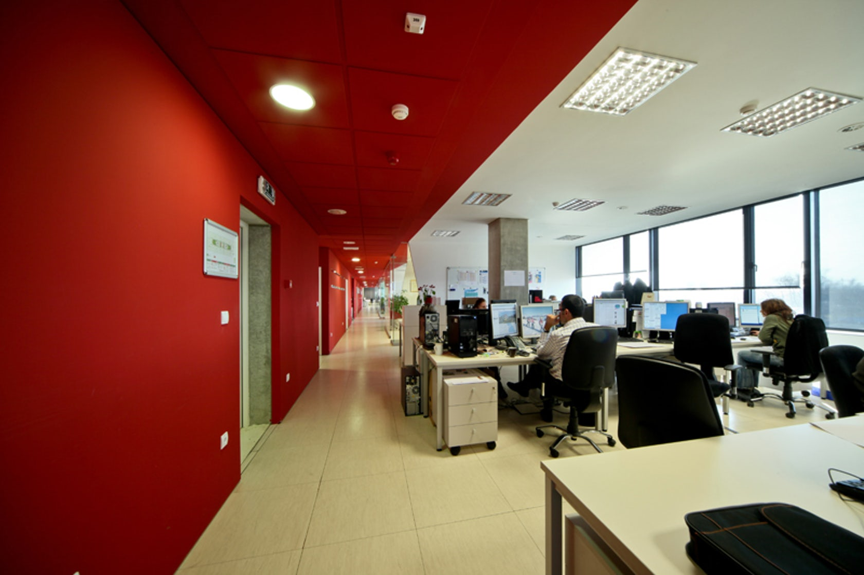 Editorial offices for 3 newspapers in zagreb croatia for Design office zagreb