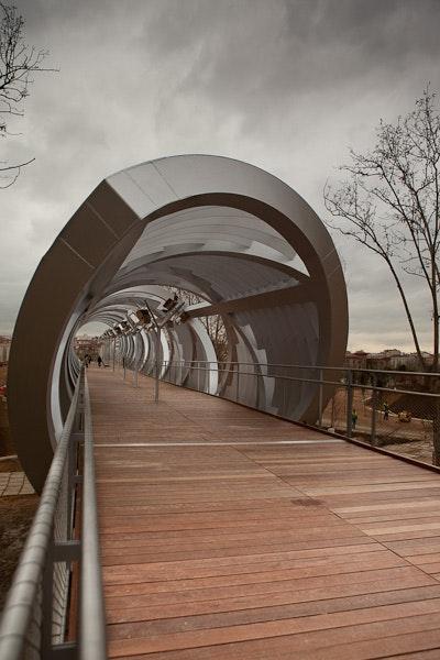 photography  arganzuela footbridge  perrault bridge