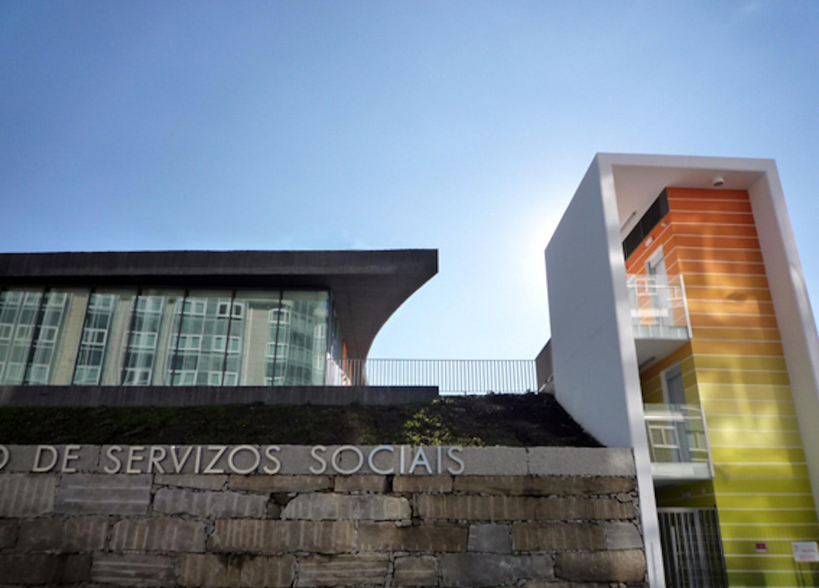 Center of social services in montealto a coru a spain - Estudios arquitectura coruna ...
