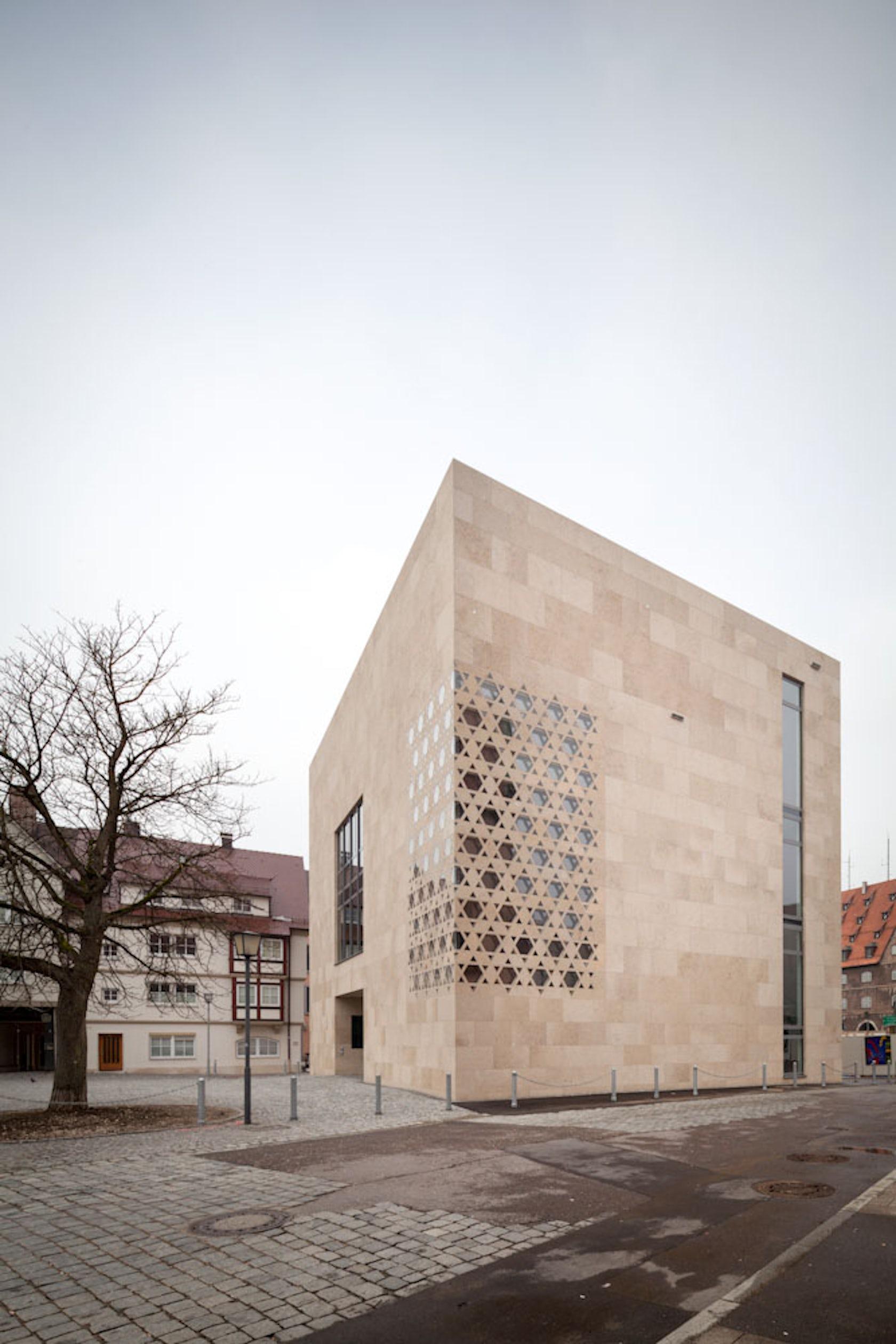 ulm synagogue kister scheithauer gross architects architizer. Black Bedroom Furniture Sets. Home Design Ideas