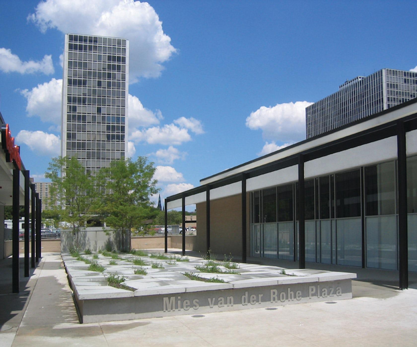 Mies Van Der Rohe Plaza Architizer
