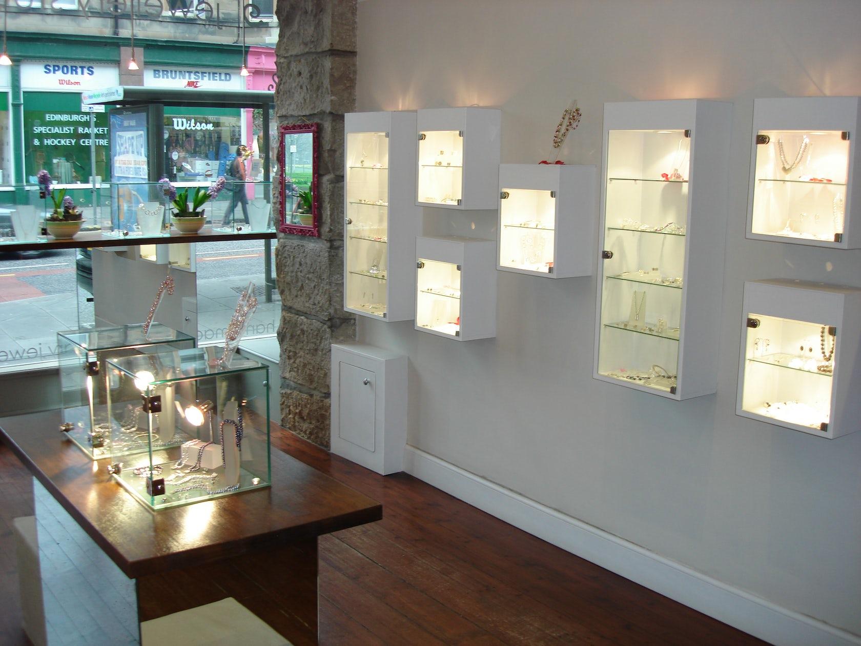 Annie smith jewelry shop architizer for Interior design agency edinburgh