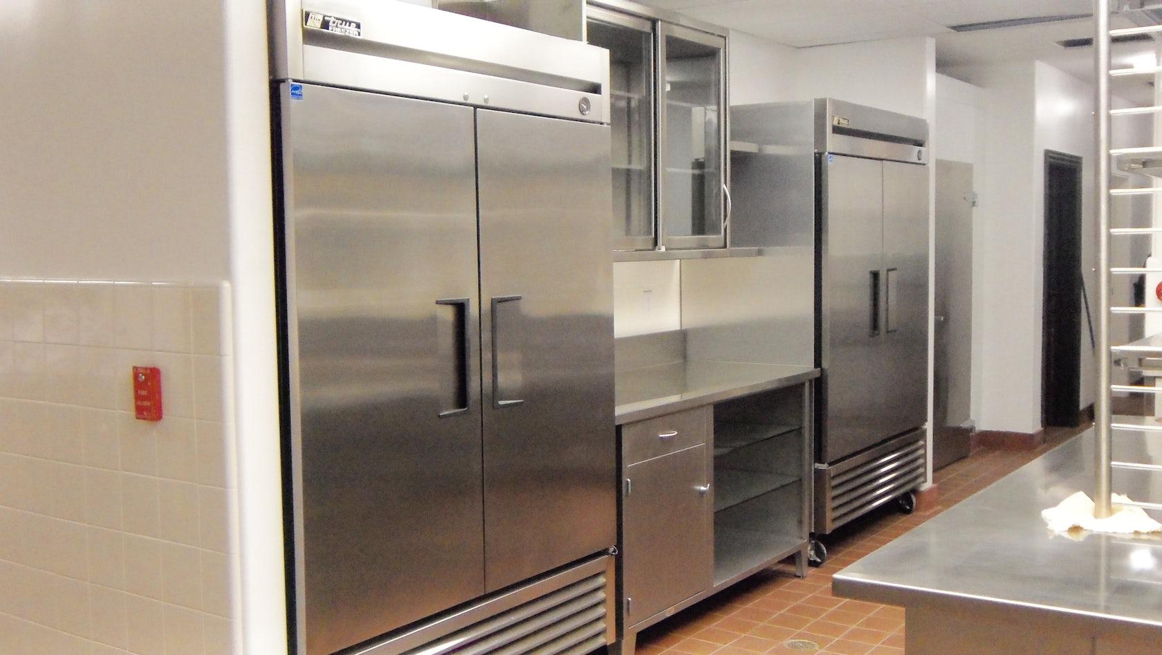Design build commercial kitchen architizer for Commercial kitchen design regulations