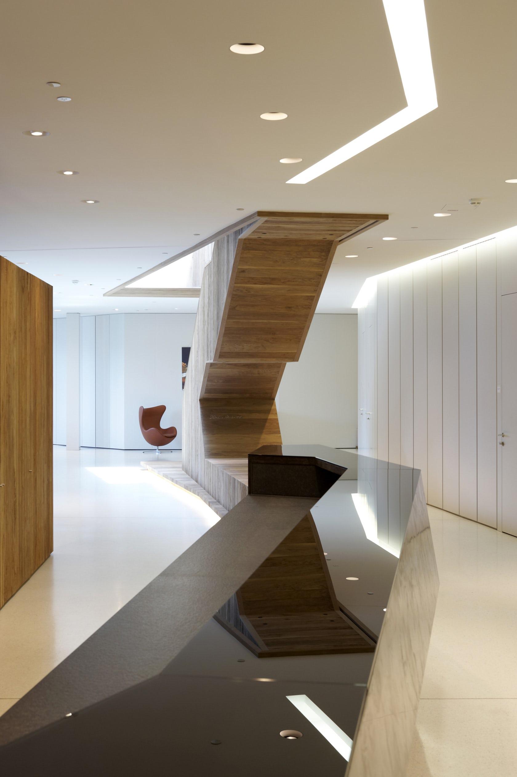 New office design signa holding headquarters innsbruck for Interior design innsbruck