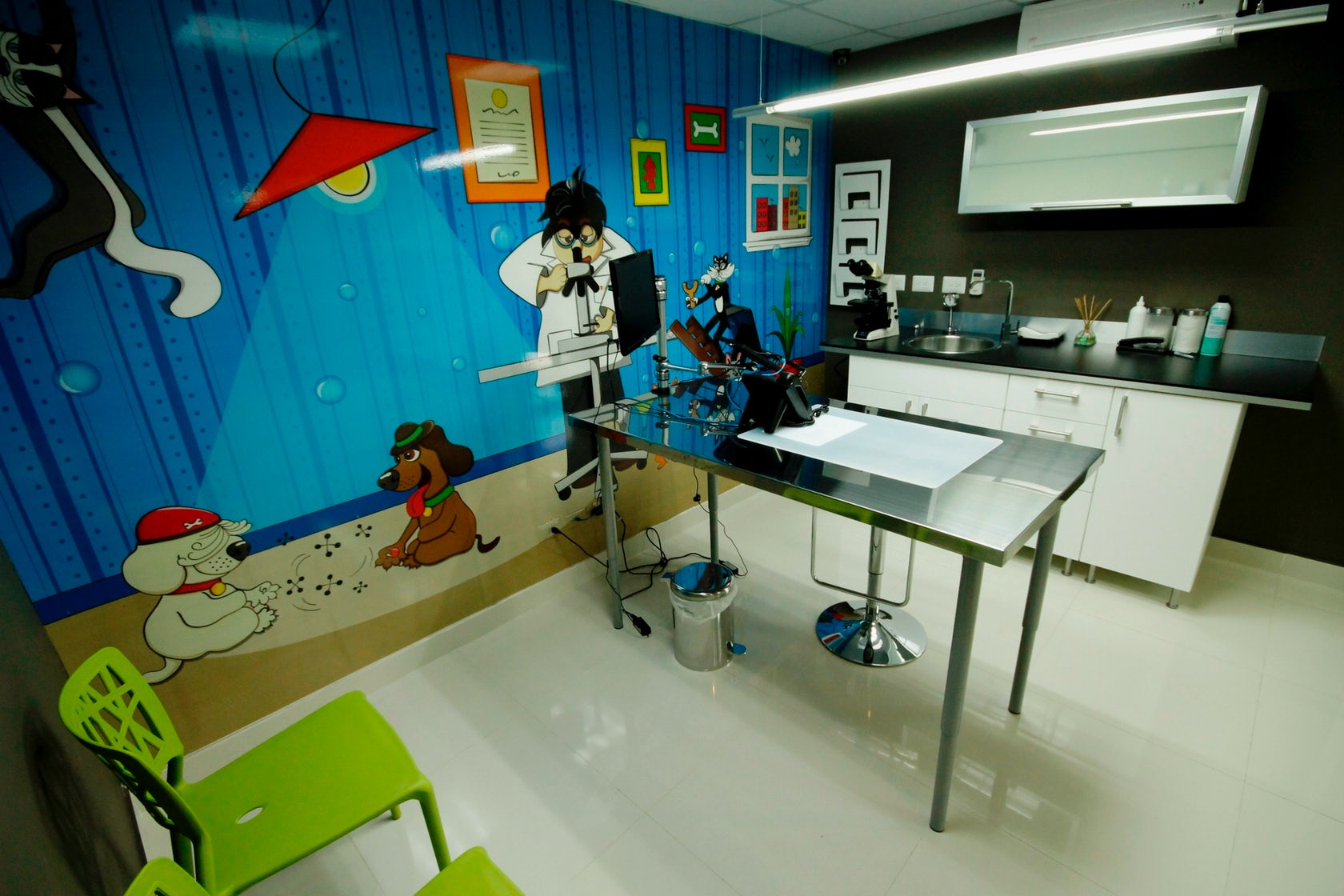 Clinica veterinaria petcare architizer - Proyecto clinica veterinaria ...