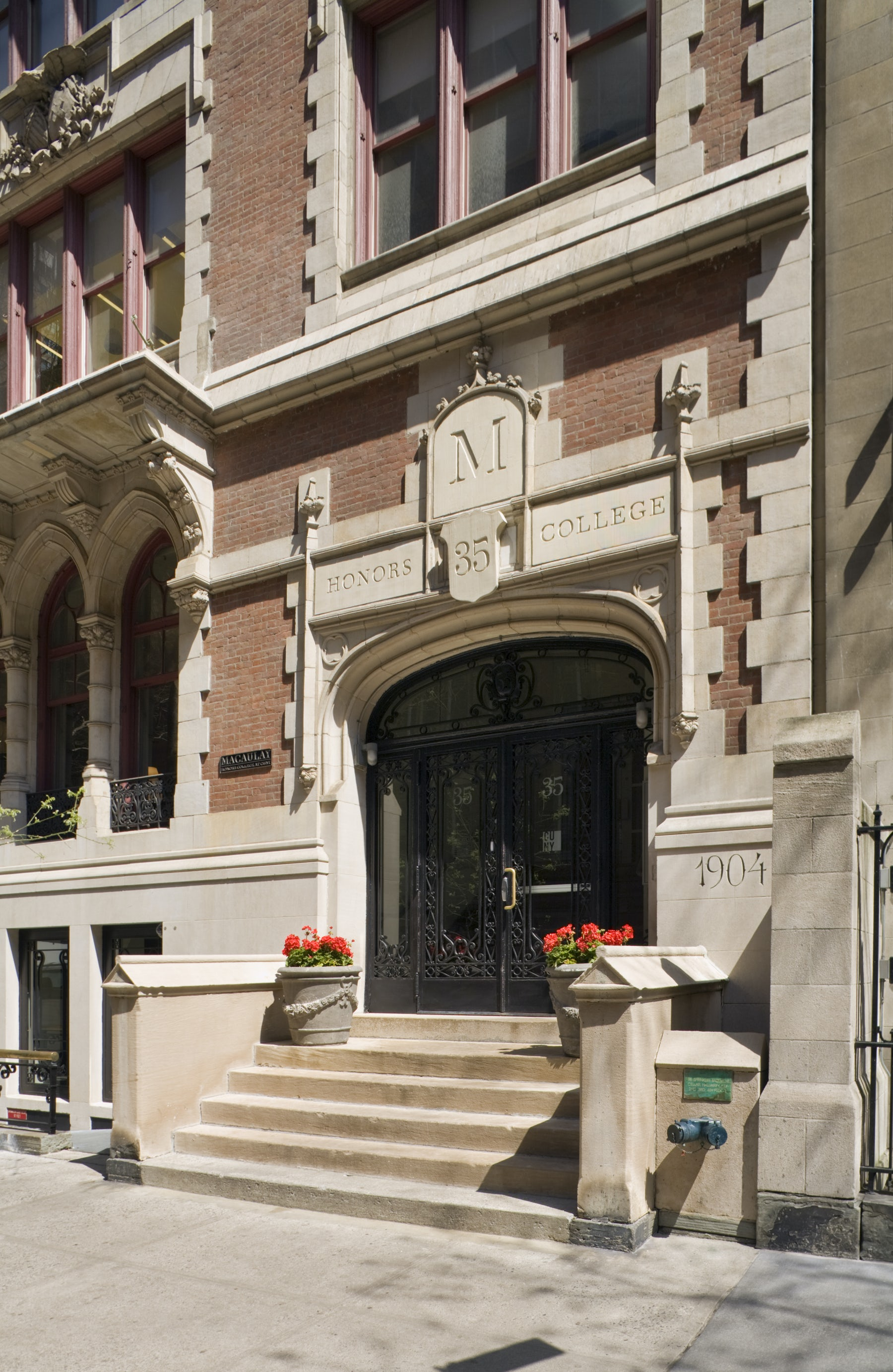 cuny macaulay honors college August 19, 20 and 21: your macaulay journey begins  macaulay honors  college at cuny is a highly selective college where new york's most promising .