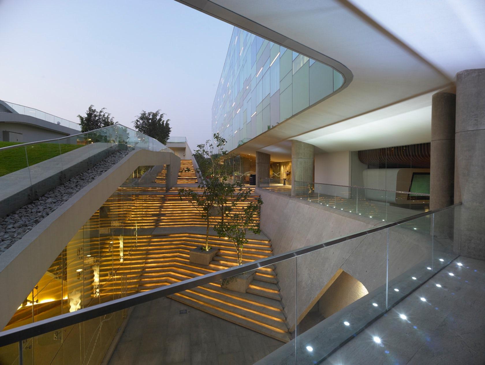 Vivanta by taj whitefield bangalore architizer for Design hotel few steps from the david