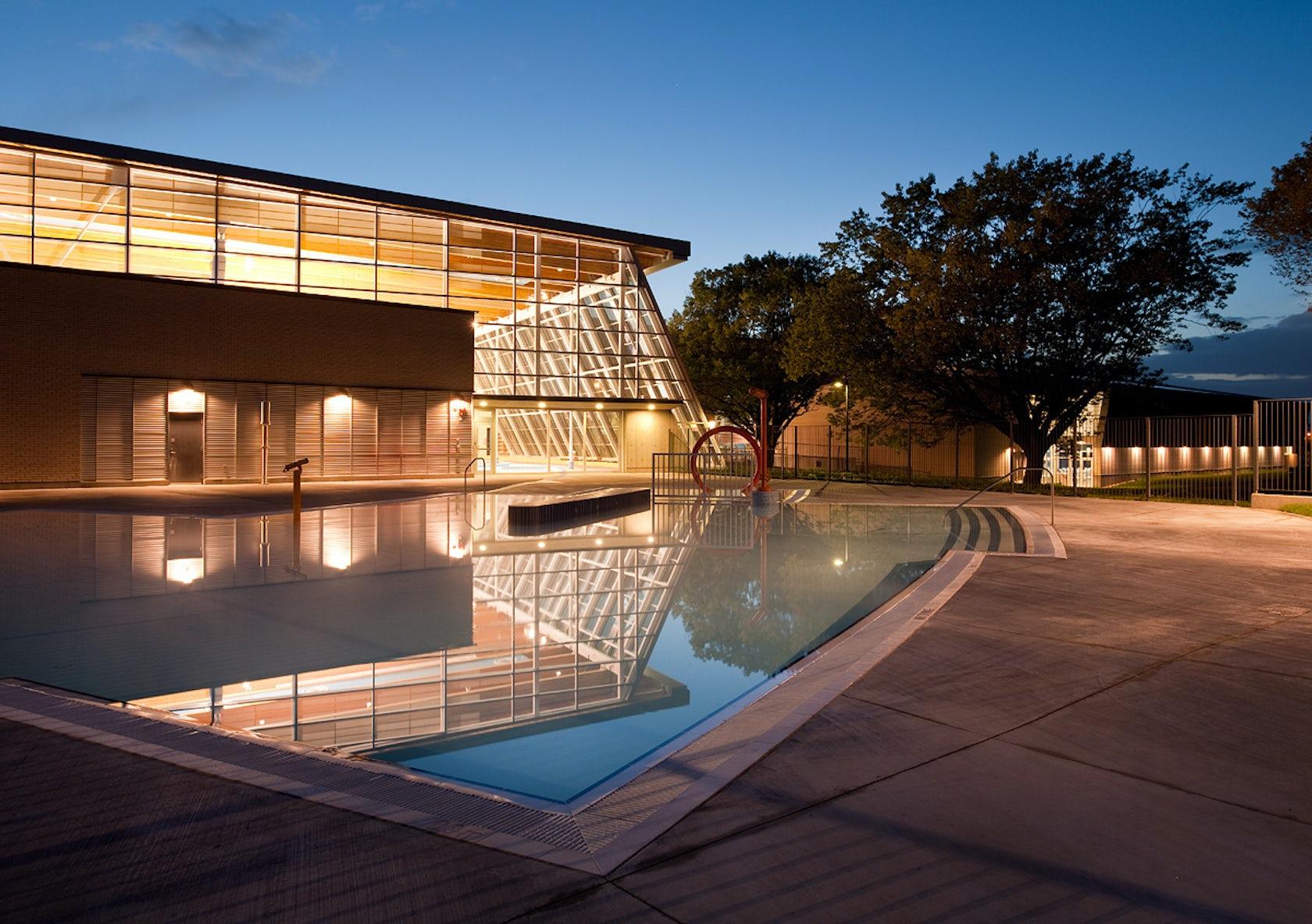 Aquatic Centre At Hillcrest Park Architizer