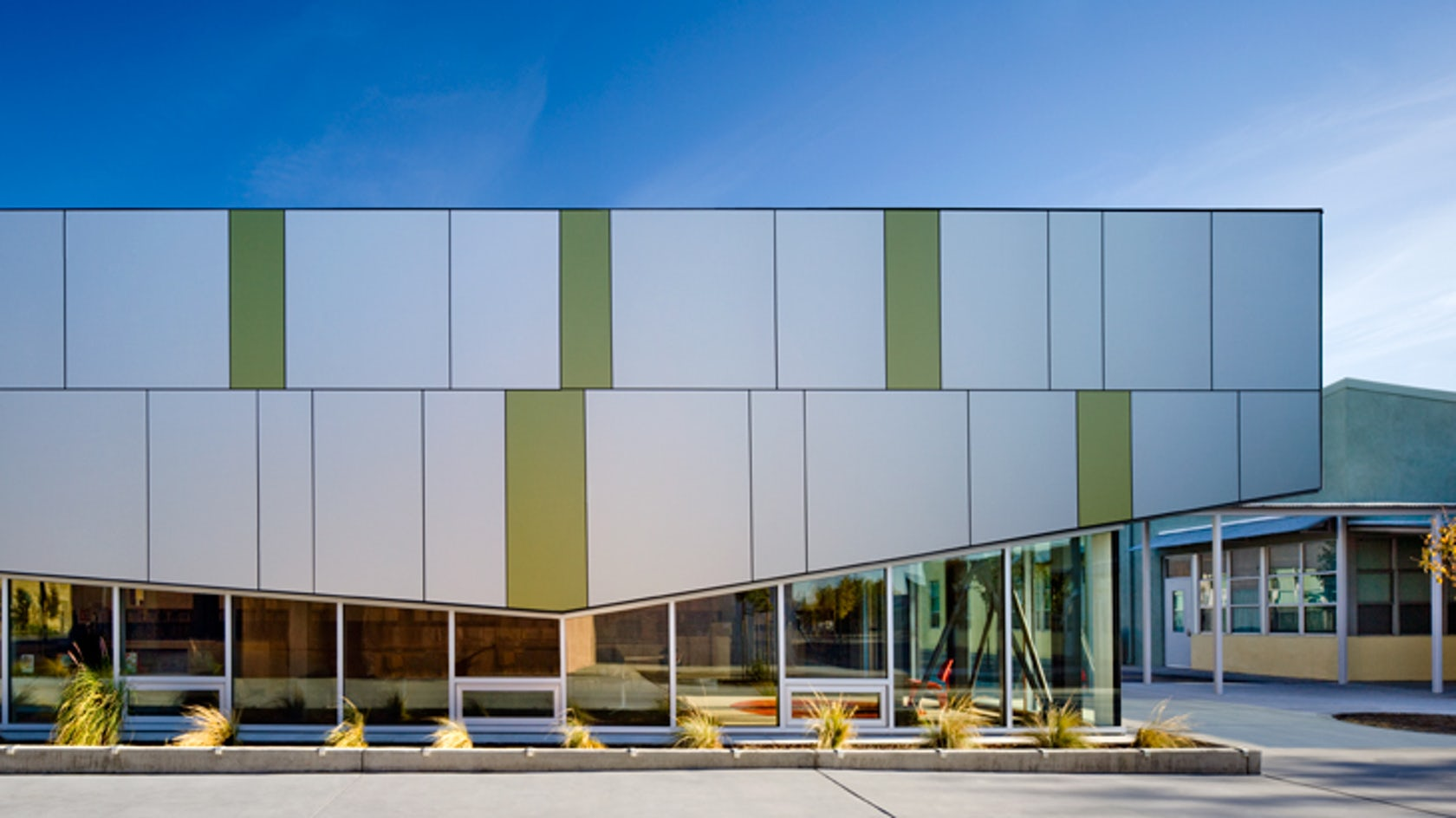 Orchard school library addition architizer for Exterior design school