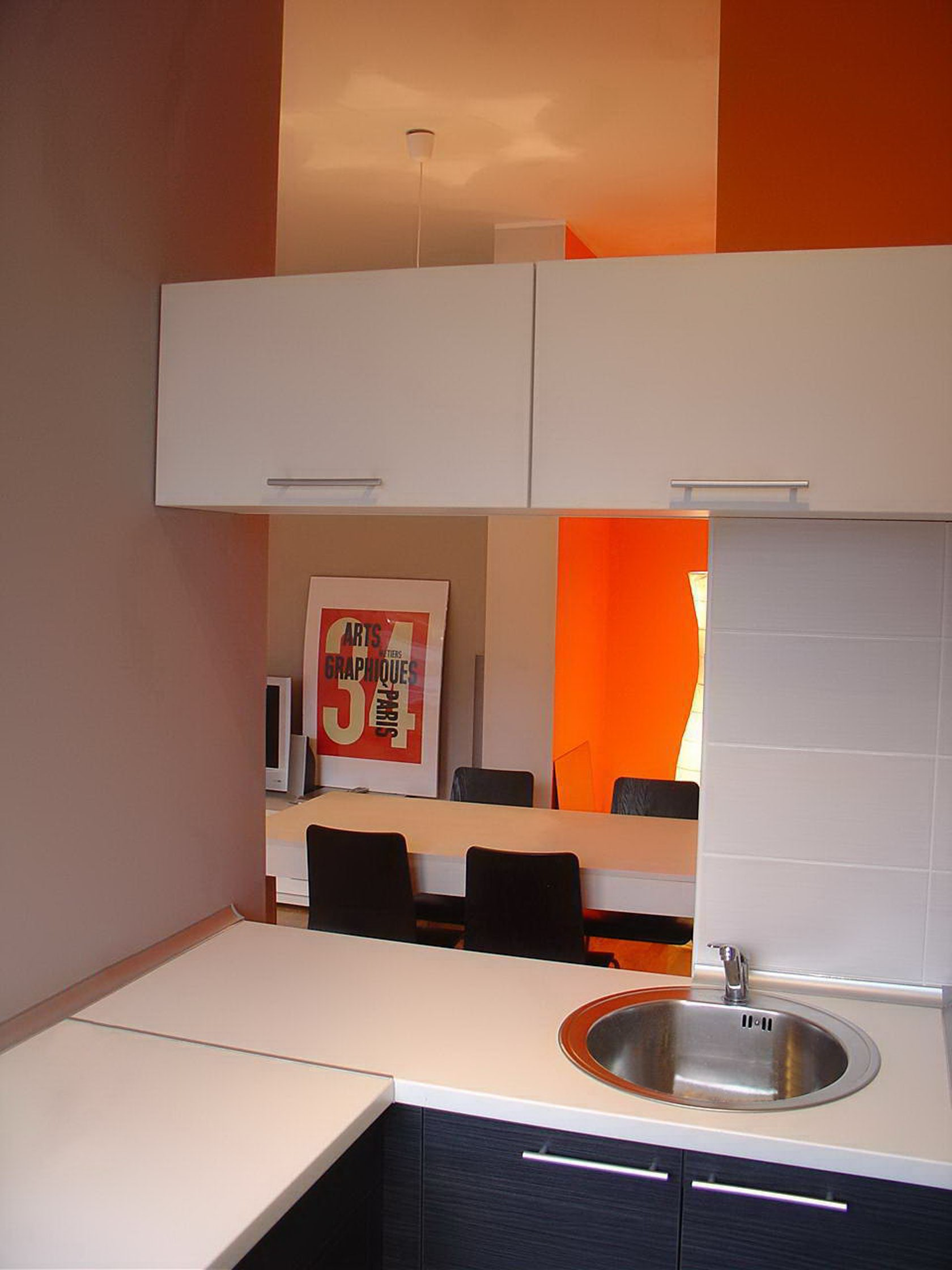 Small apartment for rent architizer for Small room rent