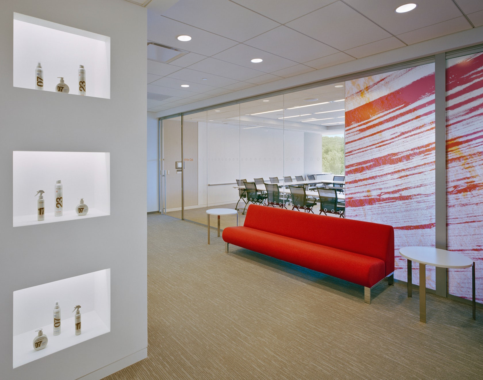 L 39 oreal usa workplace guidelines and office design for Office design requirements