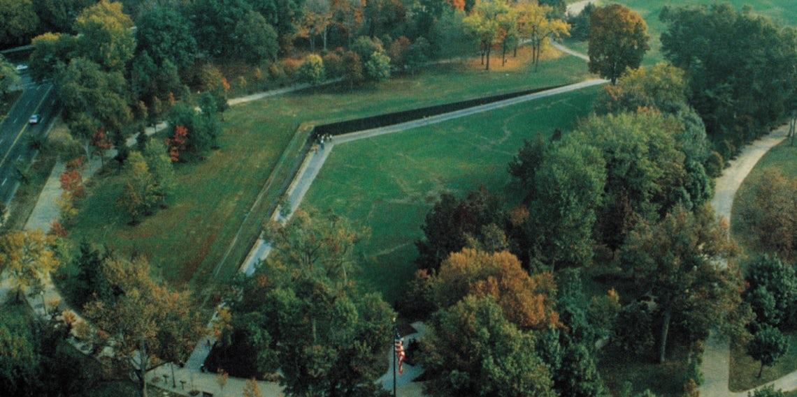 Maya Lin S Vietnam Veterans Memorial Turns 30 Architizer Journal
