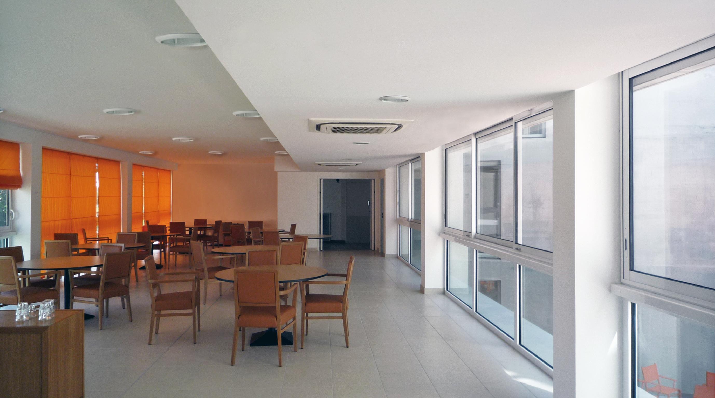 Idea 657410: Retirement Home Maisons-Laffitte by Thomas Vajda architectes