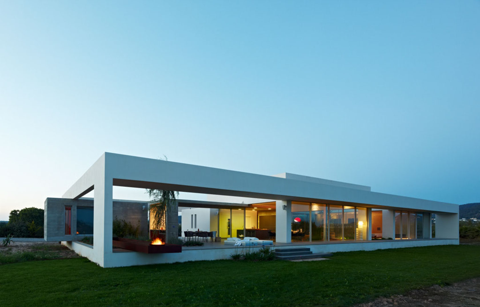 Simple and modern house architecture design with glass for Case minimaliste