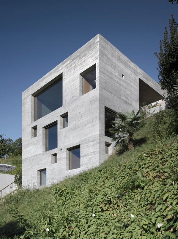 8 Gravity-Defying Homes Sited on Steep Slopes - rchitizer - ^