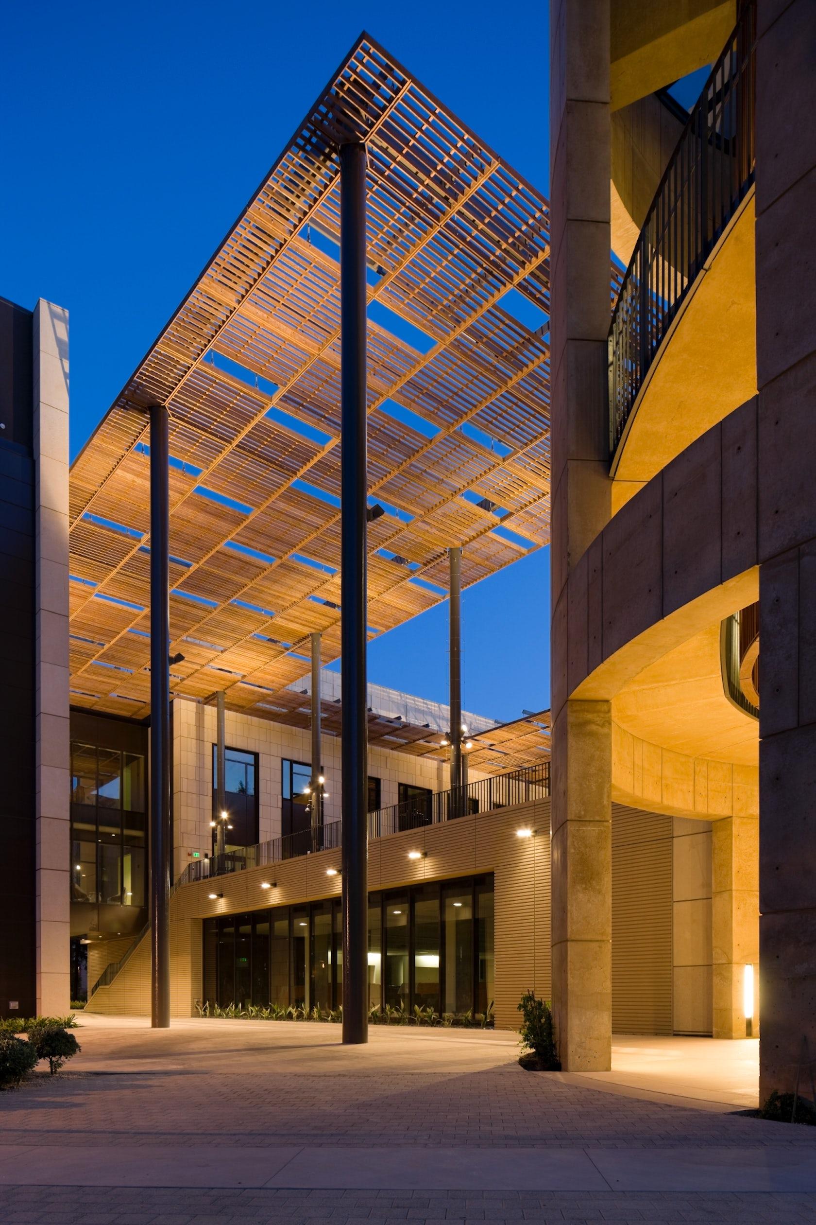 Stanford Law School William H Neukom Building Architizer