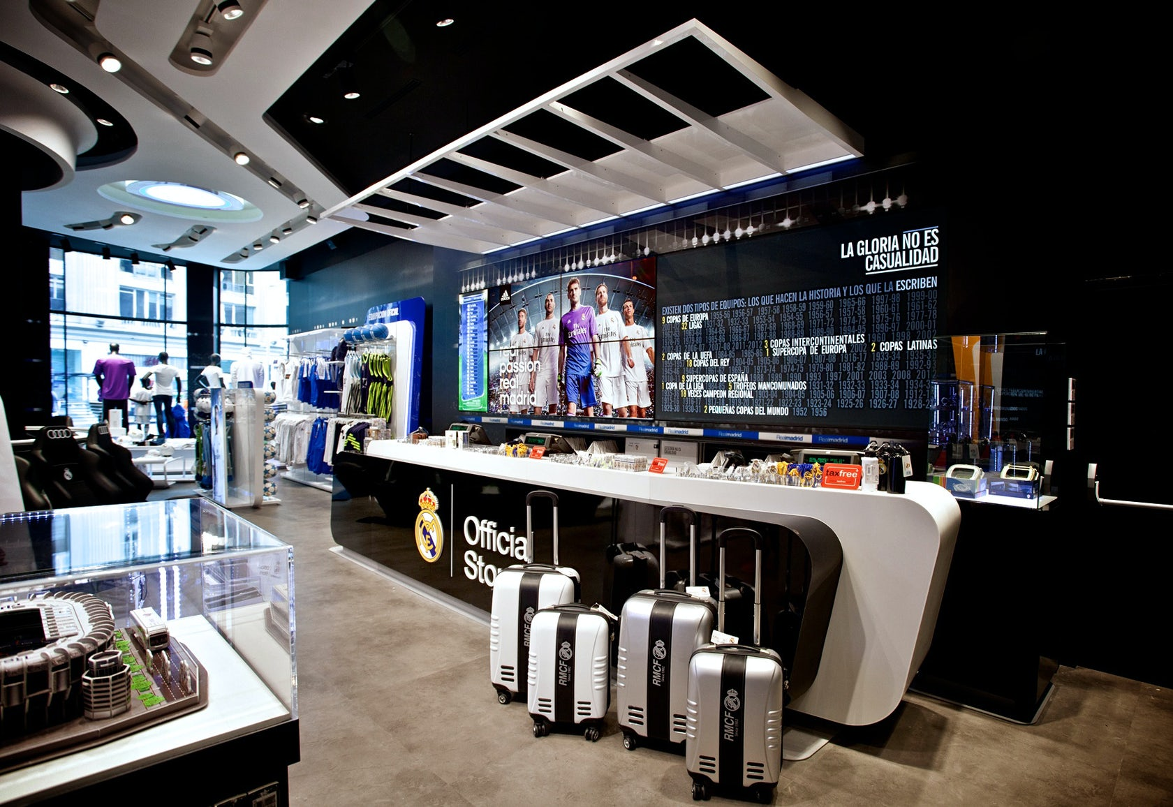 5ea9a91d4 Real Madrid Official Store