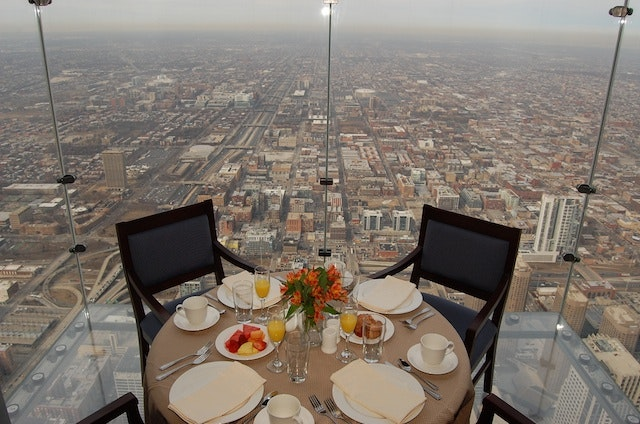 chicago sears tower skydeck cracked