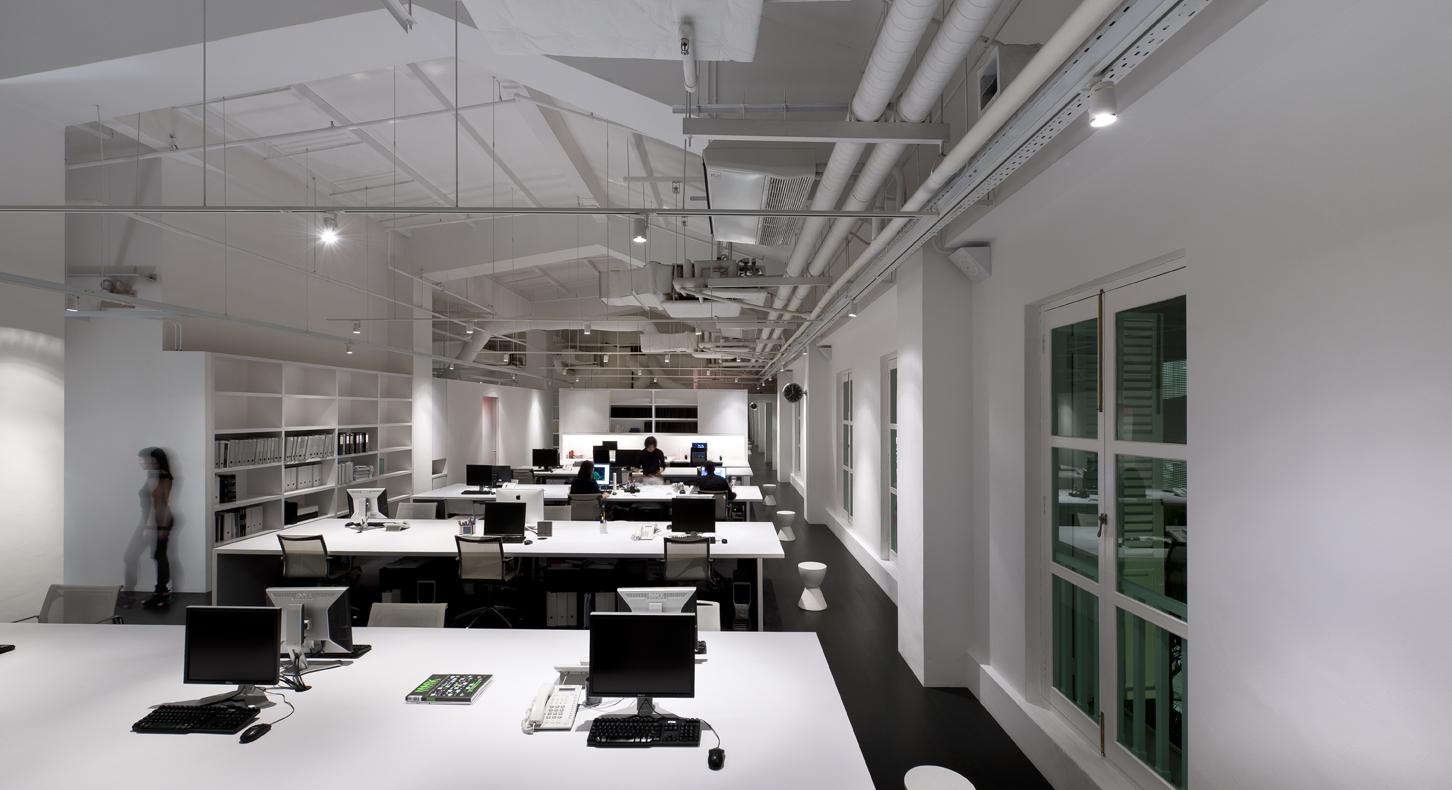 создания картинка белый офис кипрее нет
