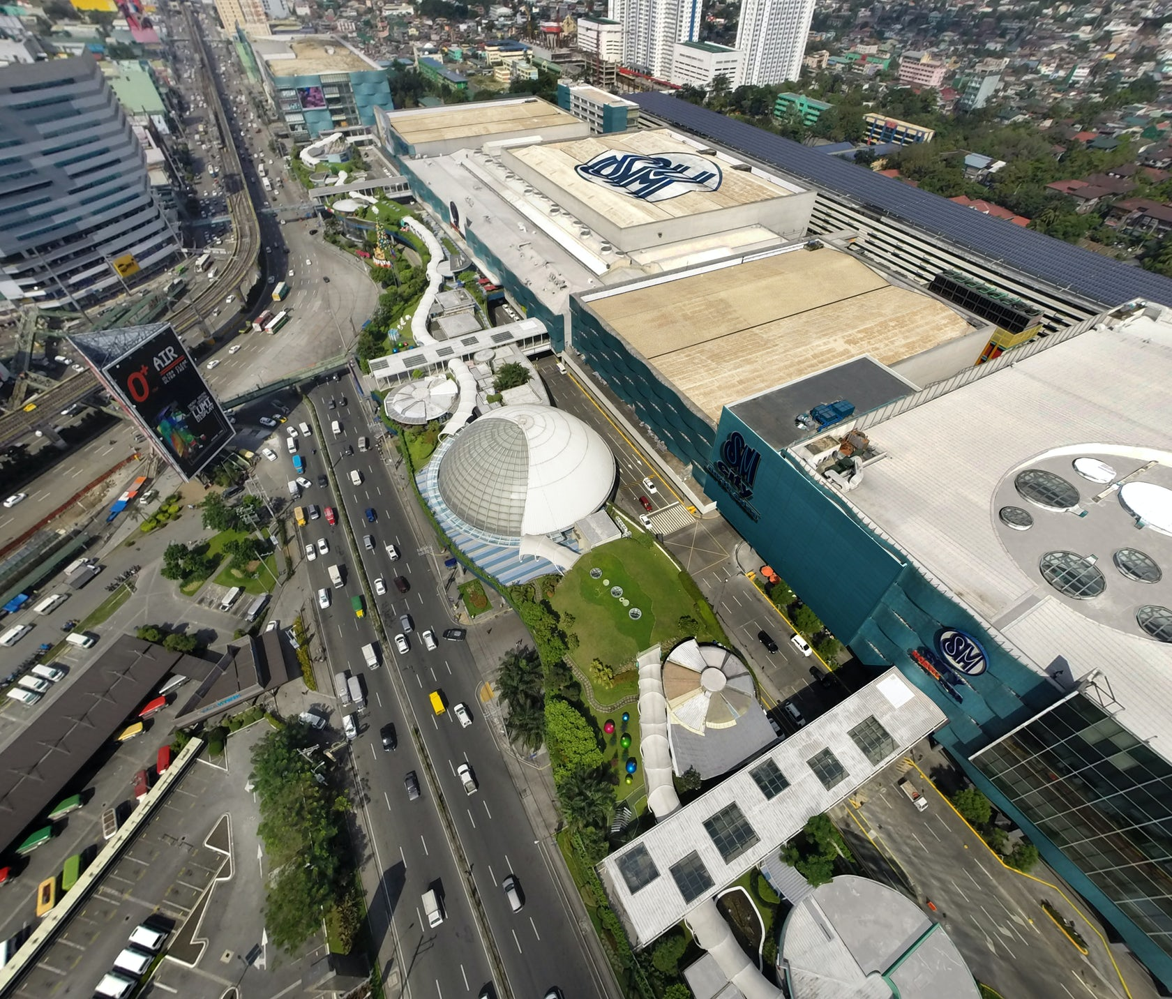 Park Auto Mall >> SM City North EDSA Sky Garden - Architizer