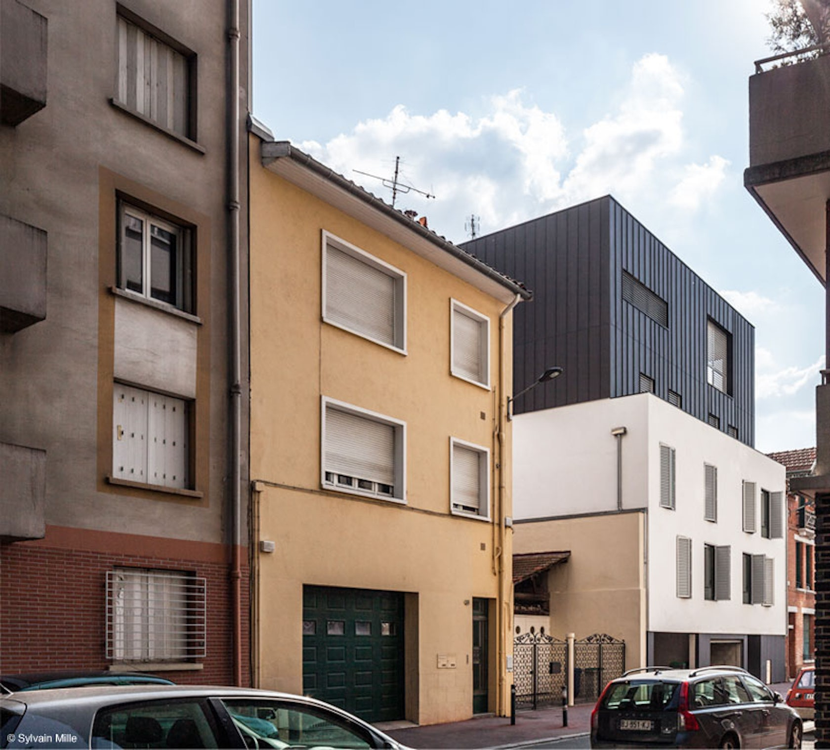 housing building in toulouse architizer. Black Bedroom Furniture Sets. Home Design Ideas