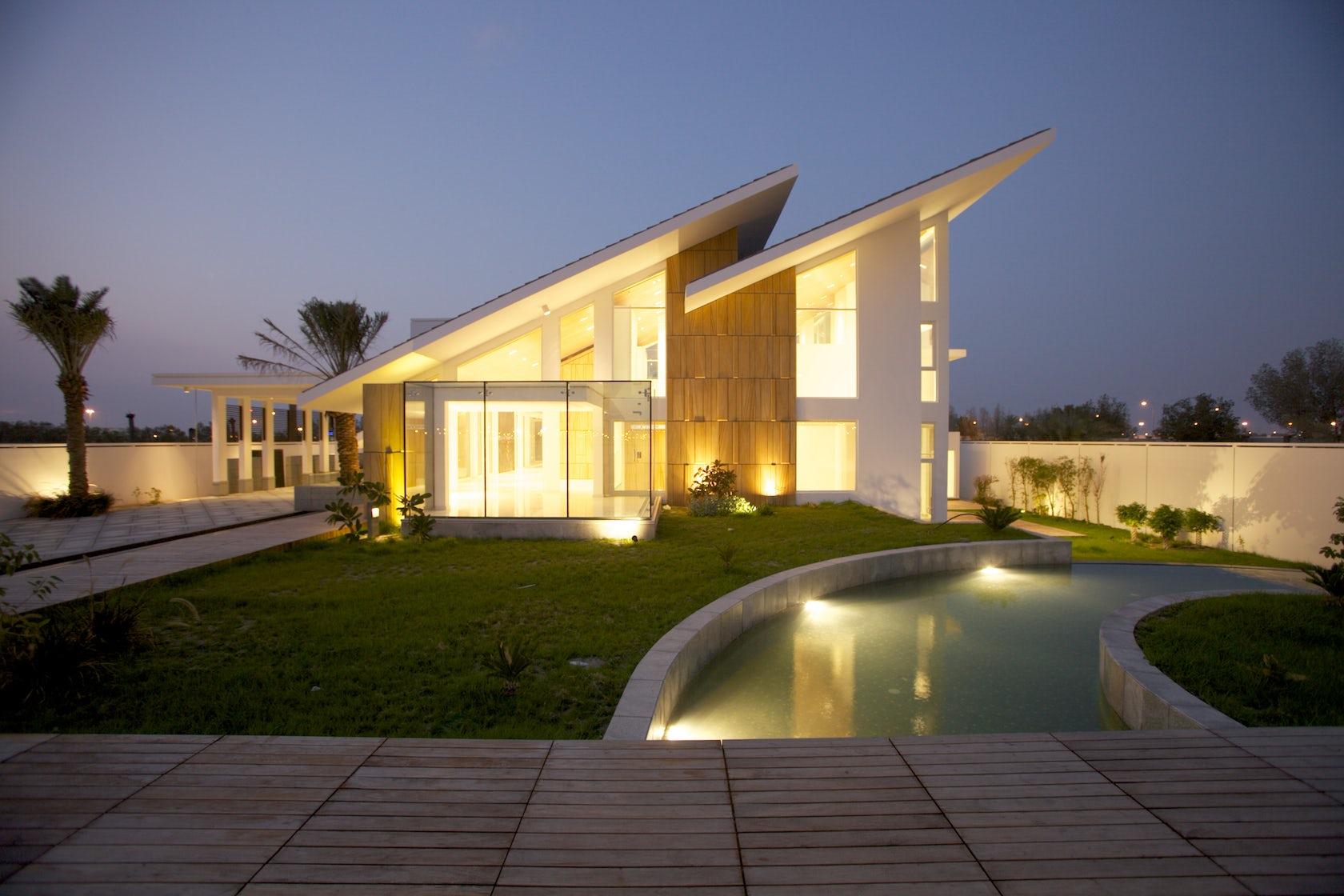 Twin Sloped Modern Hut In Bahrain Architizer