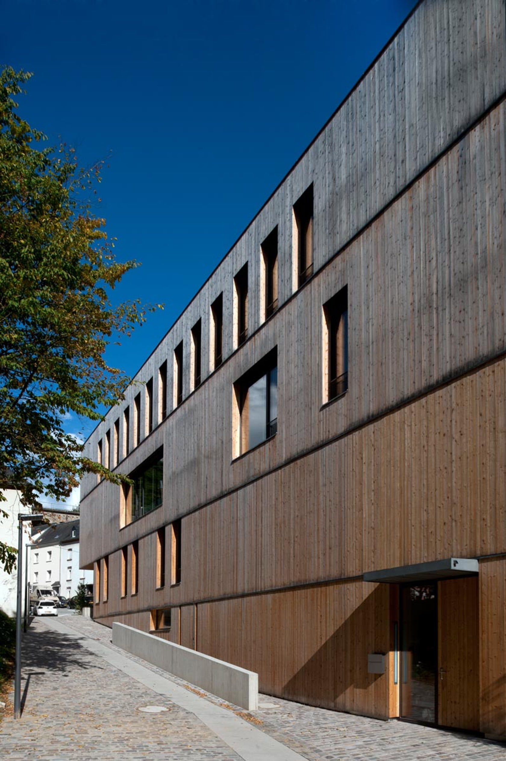administrative building for the oeko center luxembourg architizer. Black Bedroom Furniture Sets. Home Design Ideas
