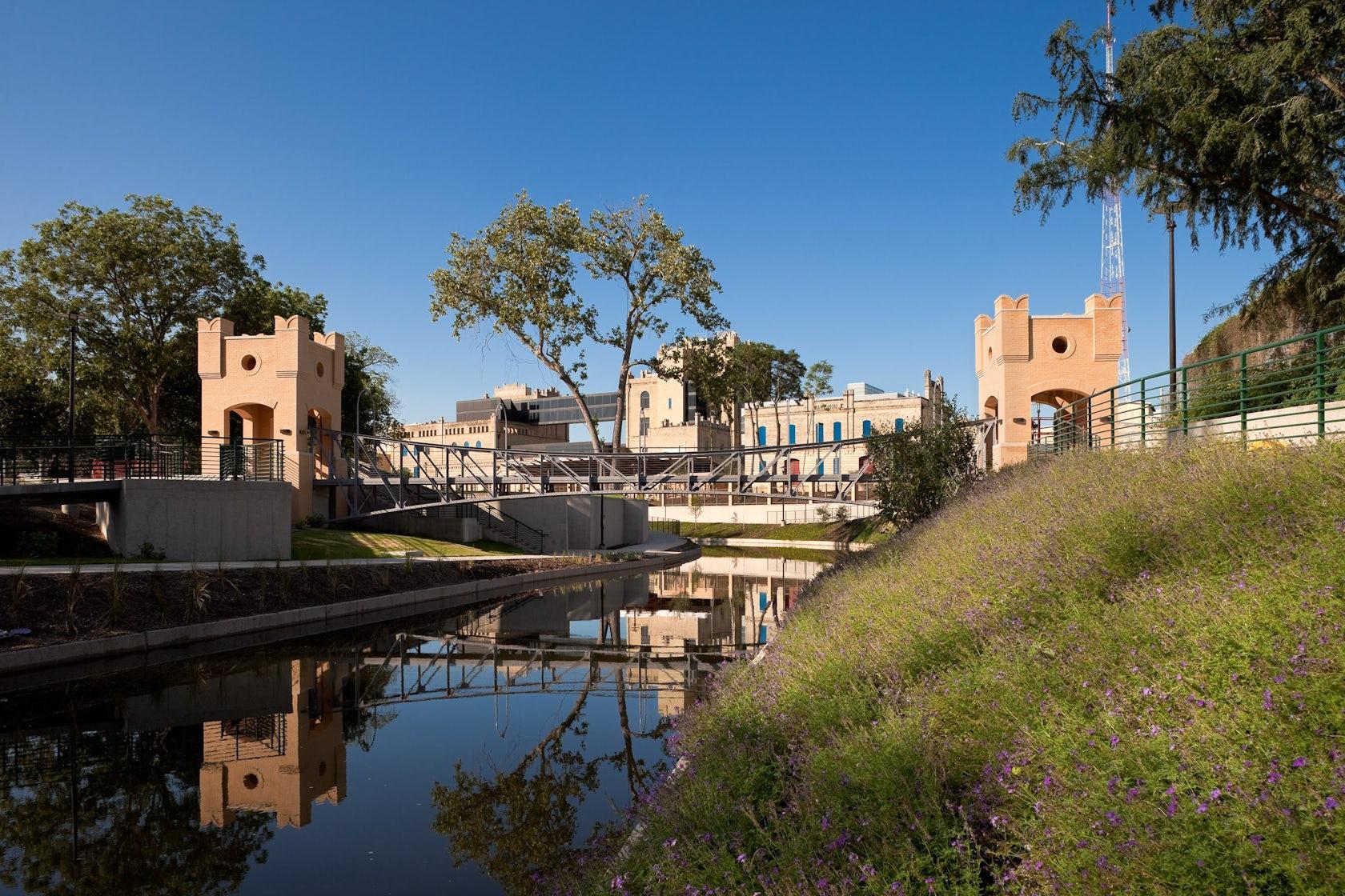 San Antonio Riverwalk Museum Reach Extension Architizer