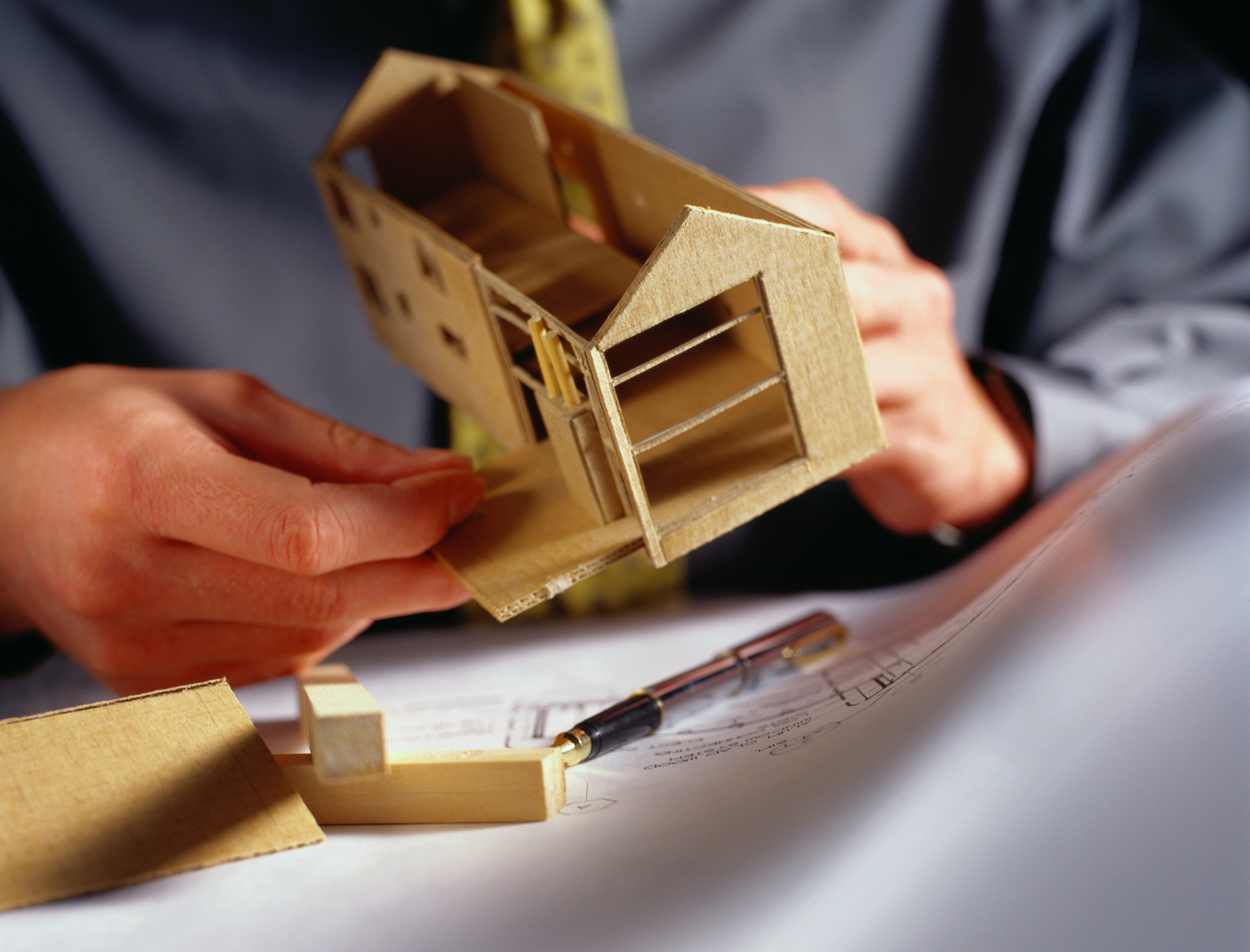Young Architect Guide: Building Great Architecture Models