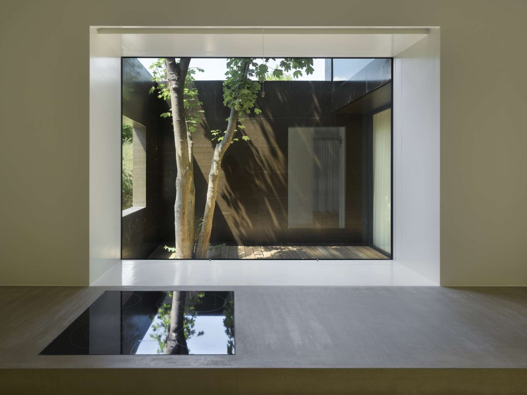 Nothingness: 10 Perfect Minimalist Interiors - Architizer Journal