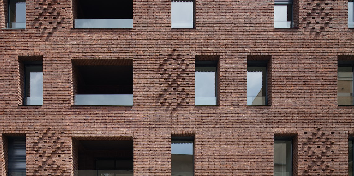 Standing Out 8 Extruded Brick Pattern Details Architizer Journal