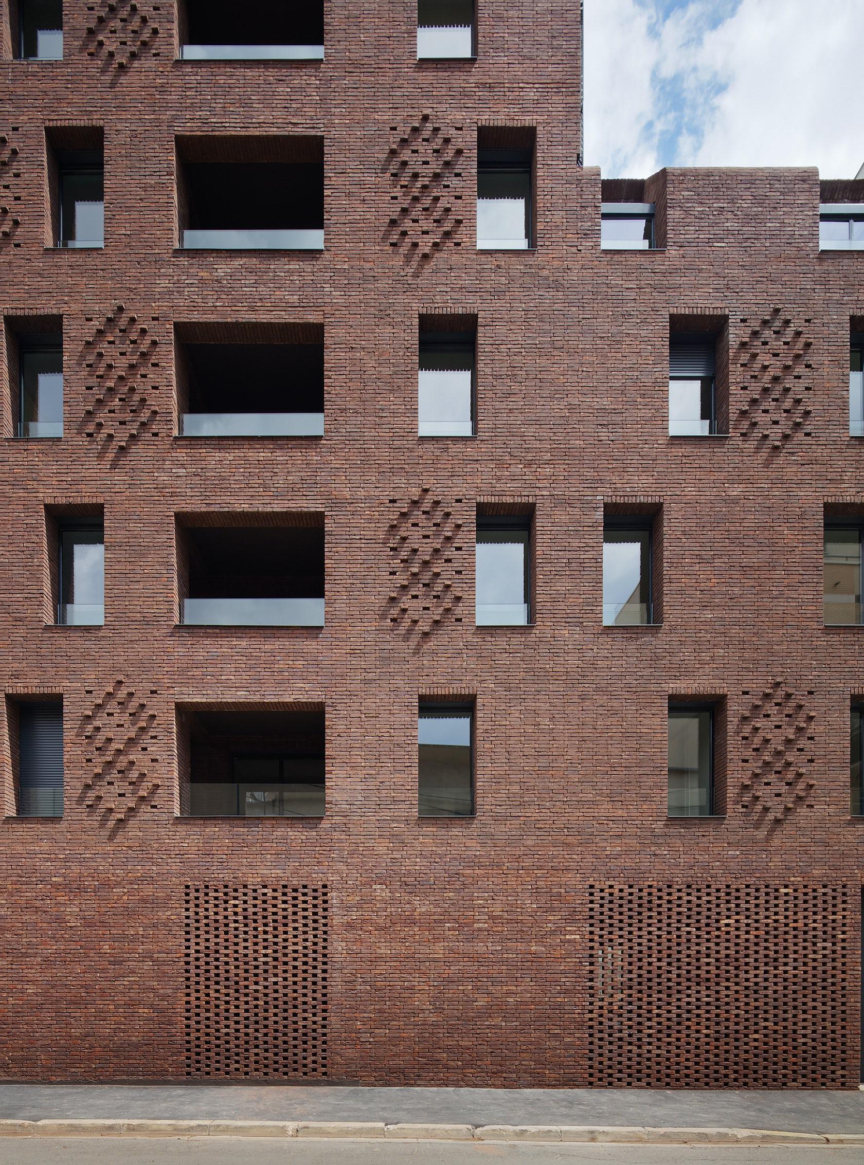 38 Housing units