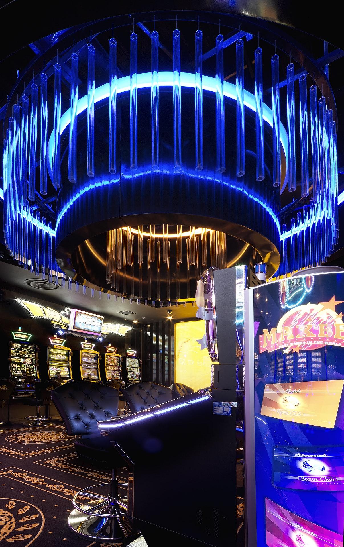 MaxBet Casino Baneasa - Architizer