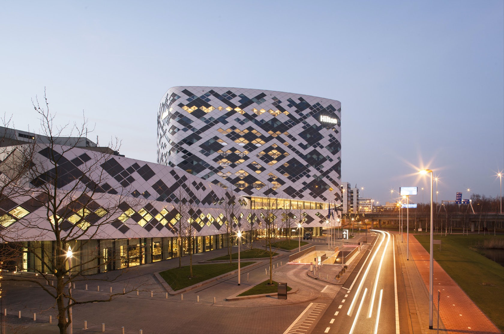 National City Auto Center >> Amsterdam Airport Schiphol Hotel - Architizer