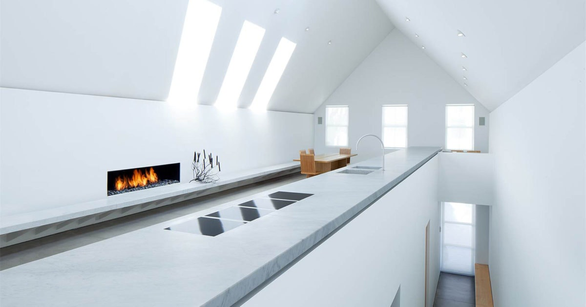Perfect ... Victorian Mining Era, The Interior Juxtaposes Pawsonu0027s Unmistakably  Minimalist Approach. Pawsonu0027s Design Employs Open Spaces And A Spare But  Luxurious ...