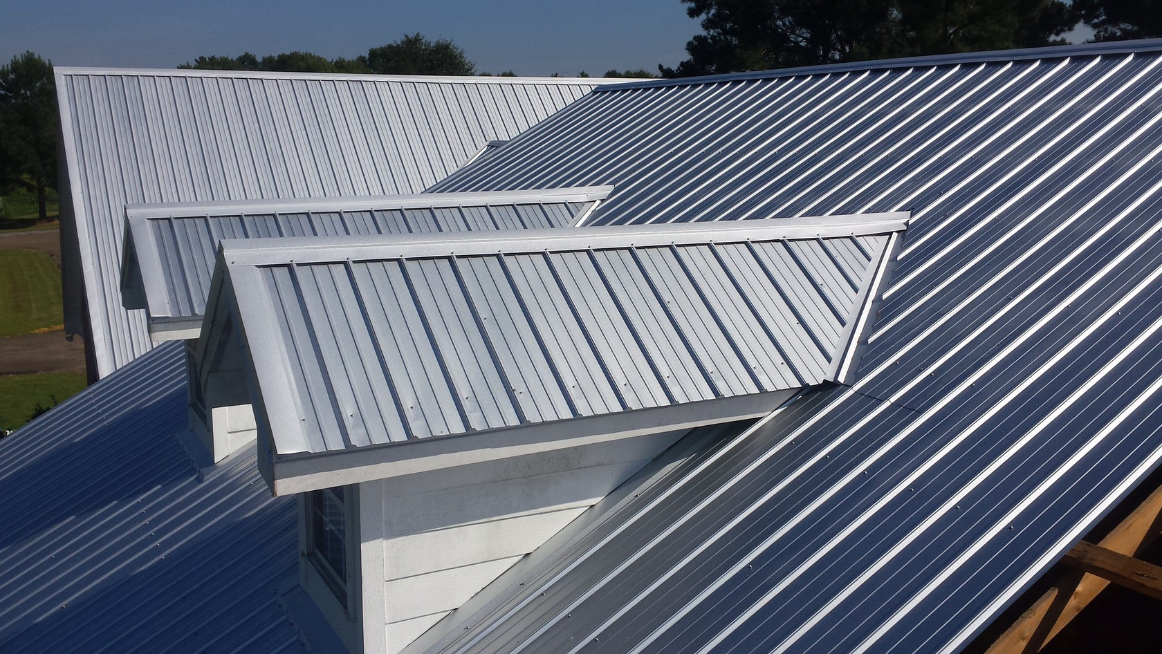 Cool It: The 5 Best Roofing Materials for Hot Climates - Architizer Journal