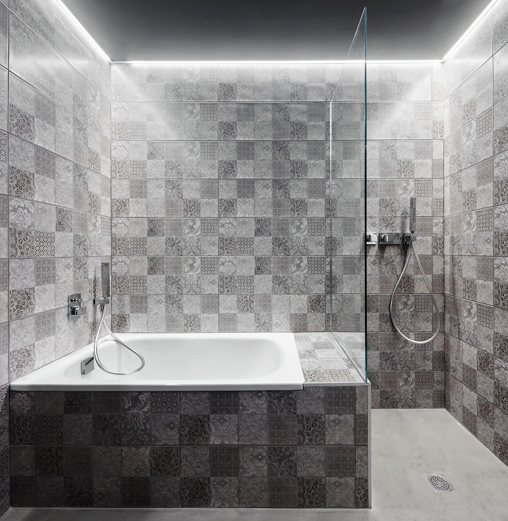 Ninety Degrees Apartments: Corsega Apartment