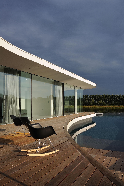Idea 2219736: White Snake House by AUM Pierre Minassian in France