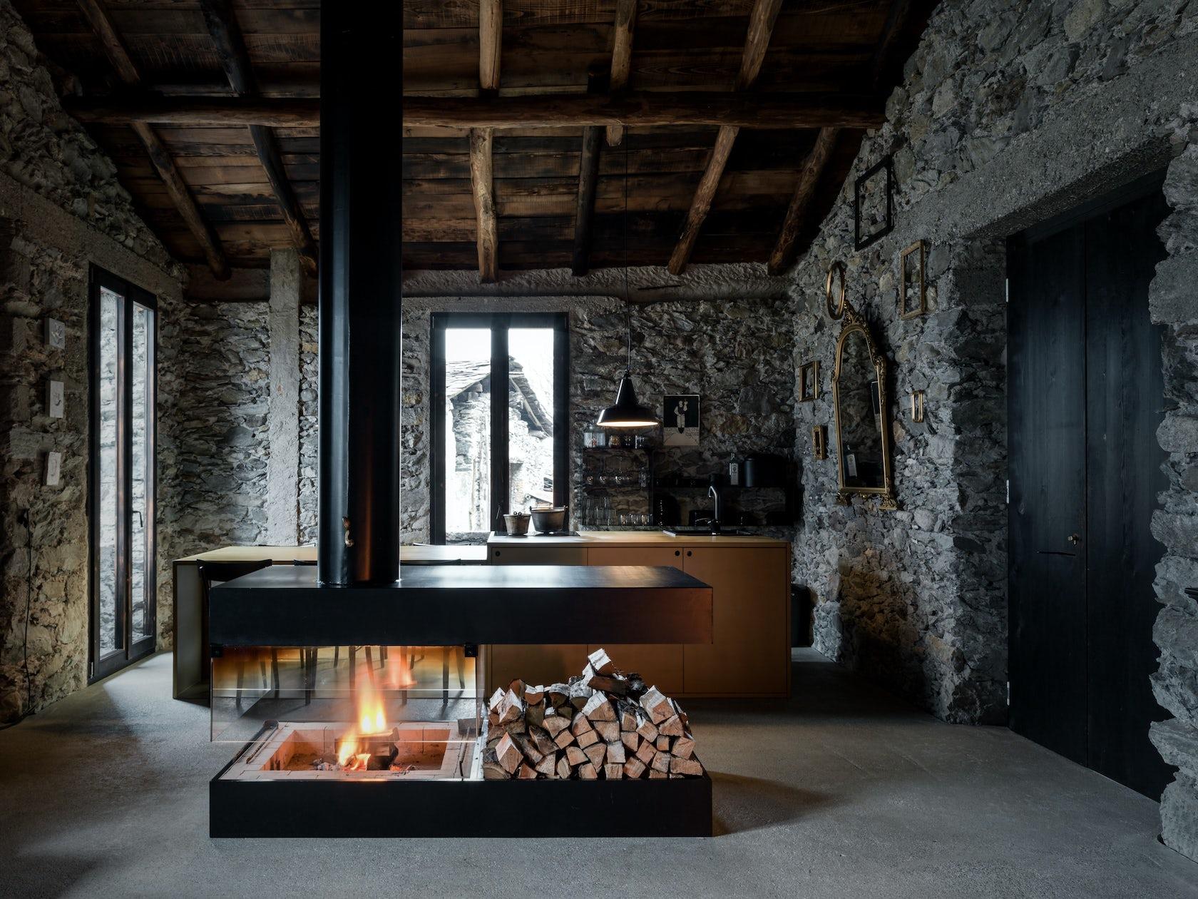 Ev a lab atelier d 39 architettura e interior design architizer for Architettura e design interni