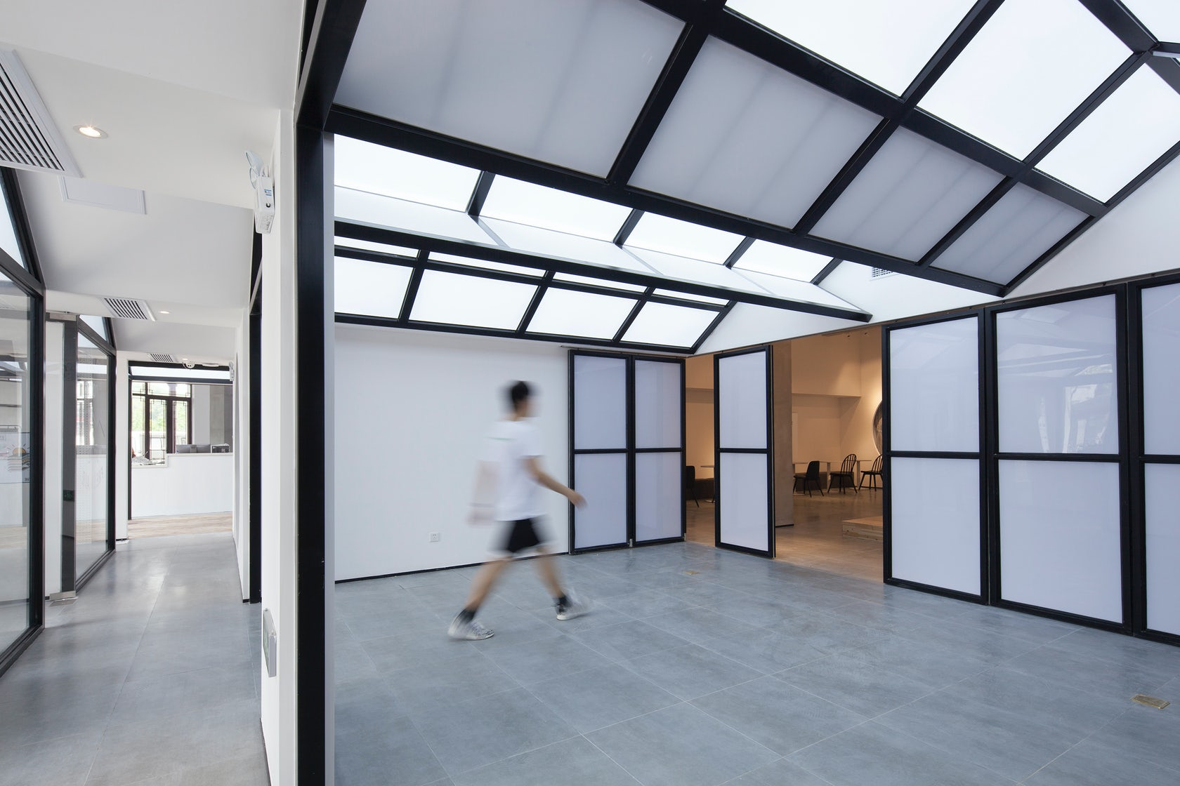 Front Shop & Rear Dorm—Together · Venue Fawn Hostel Suzhou
