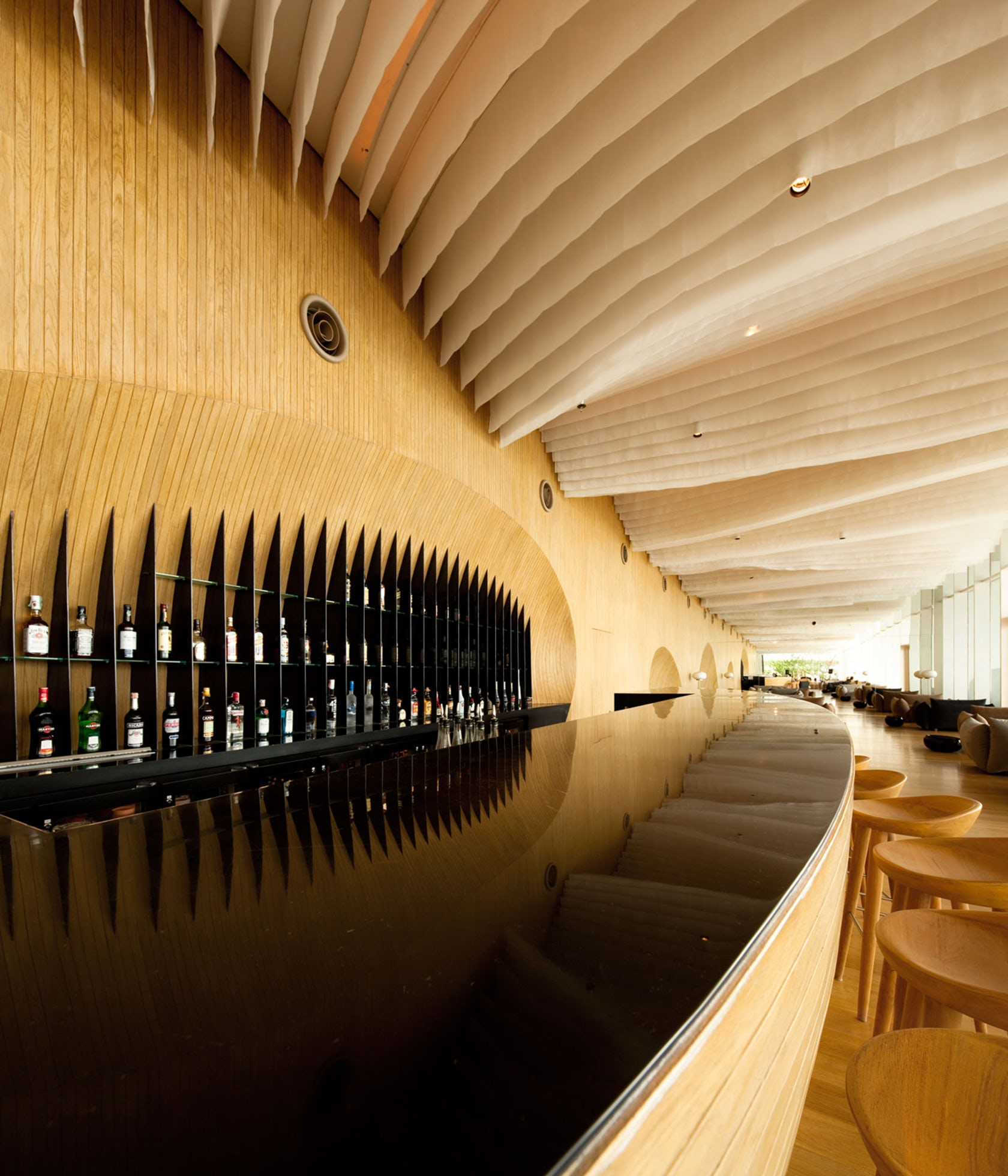 Hilton Pattaya – Lobby, Bar, and Linkage Spaces - Architizer