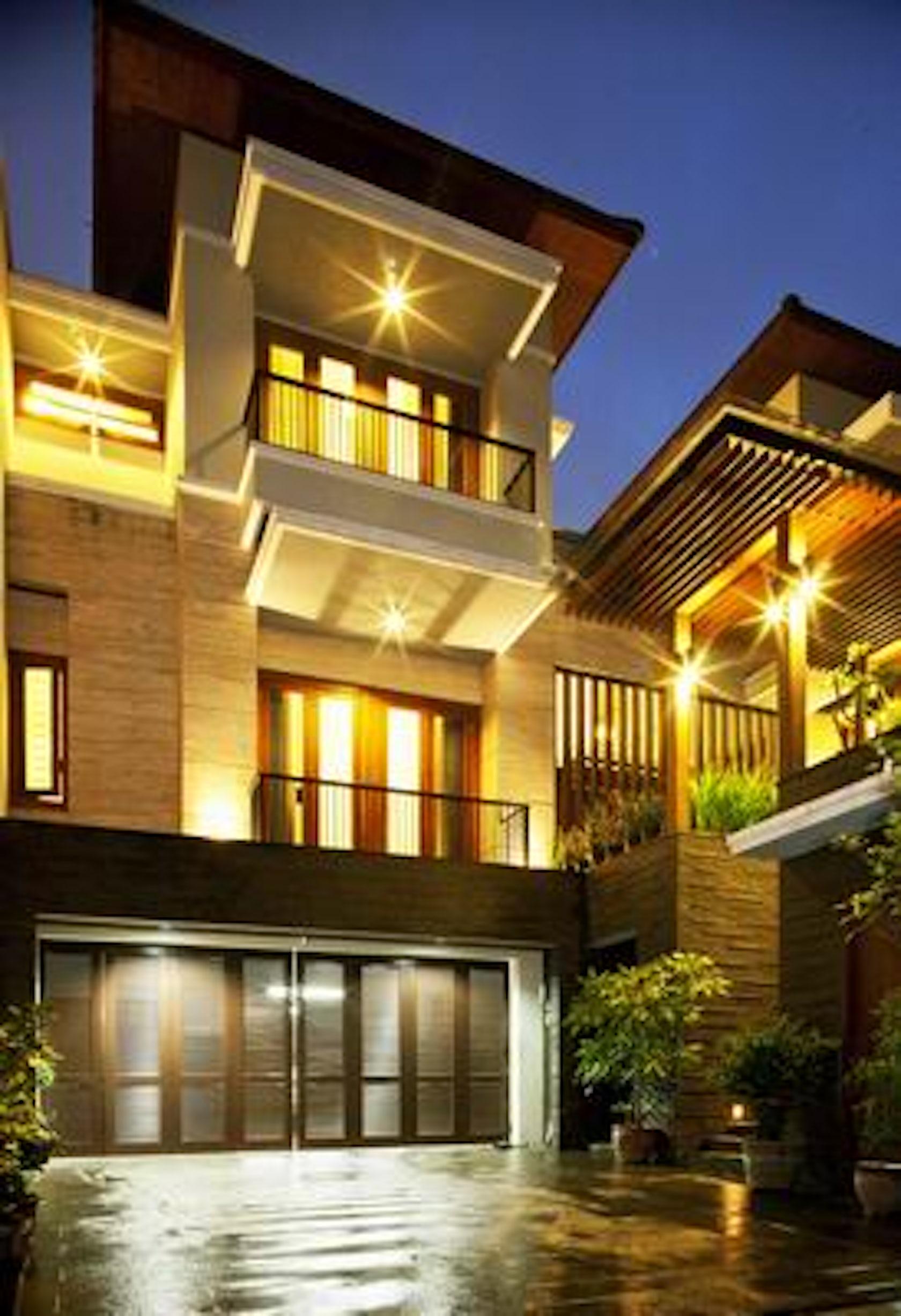 Contemporary Homes With Cedar Siding Modern Cedar Siding: Tropical Balinese Modern House