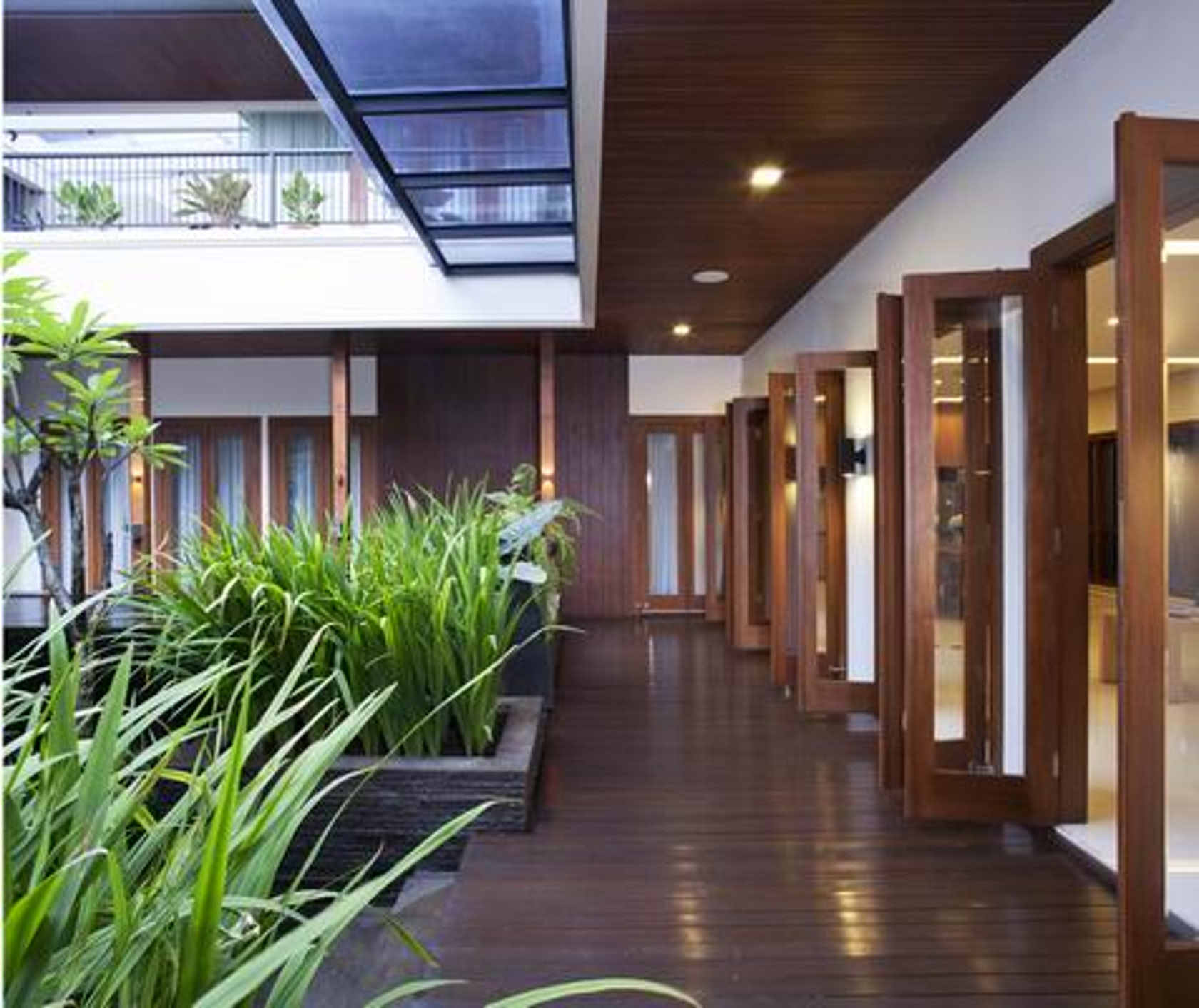 Modern Architecture Home Design: Tropical Balinese Modern House
