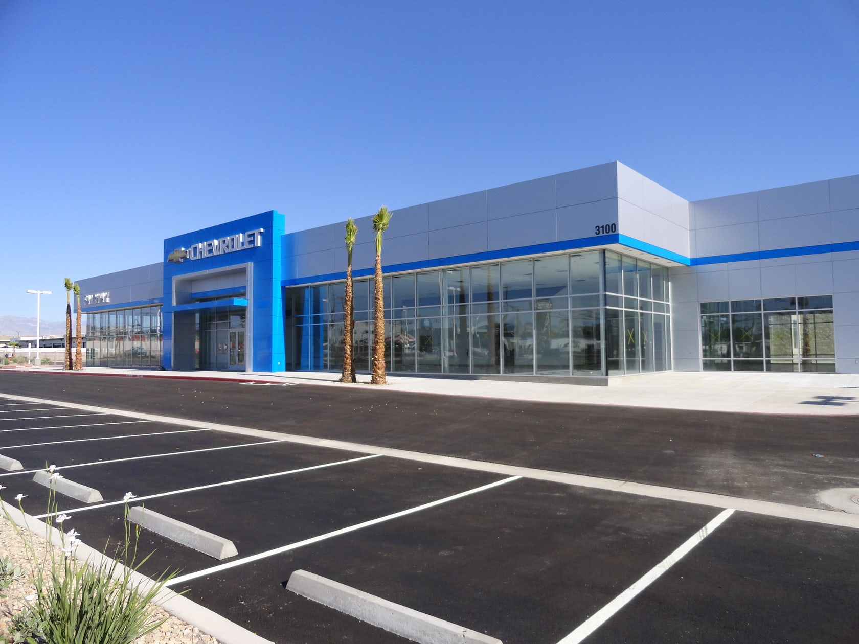fairway chevrolet gmc dealership and service center architizer. Black Bedroom Furniture Sets. Home Design Ideas
