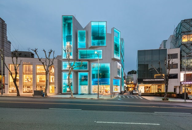 Lighting the Way: 5 Brilliant Buildings Transformed by Customized LEDs