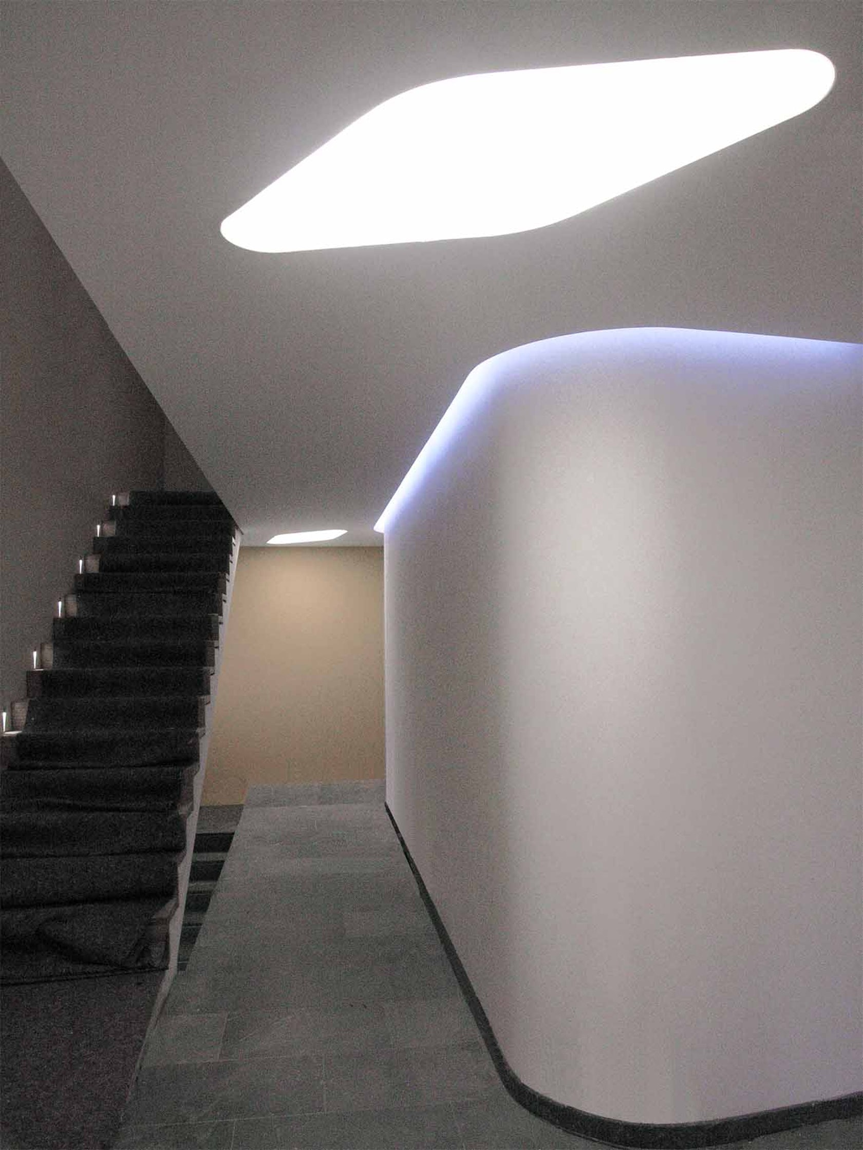 Interior and exterior lighting - Light in architecture ...