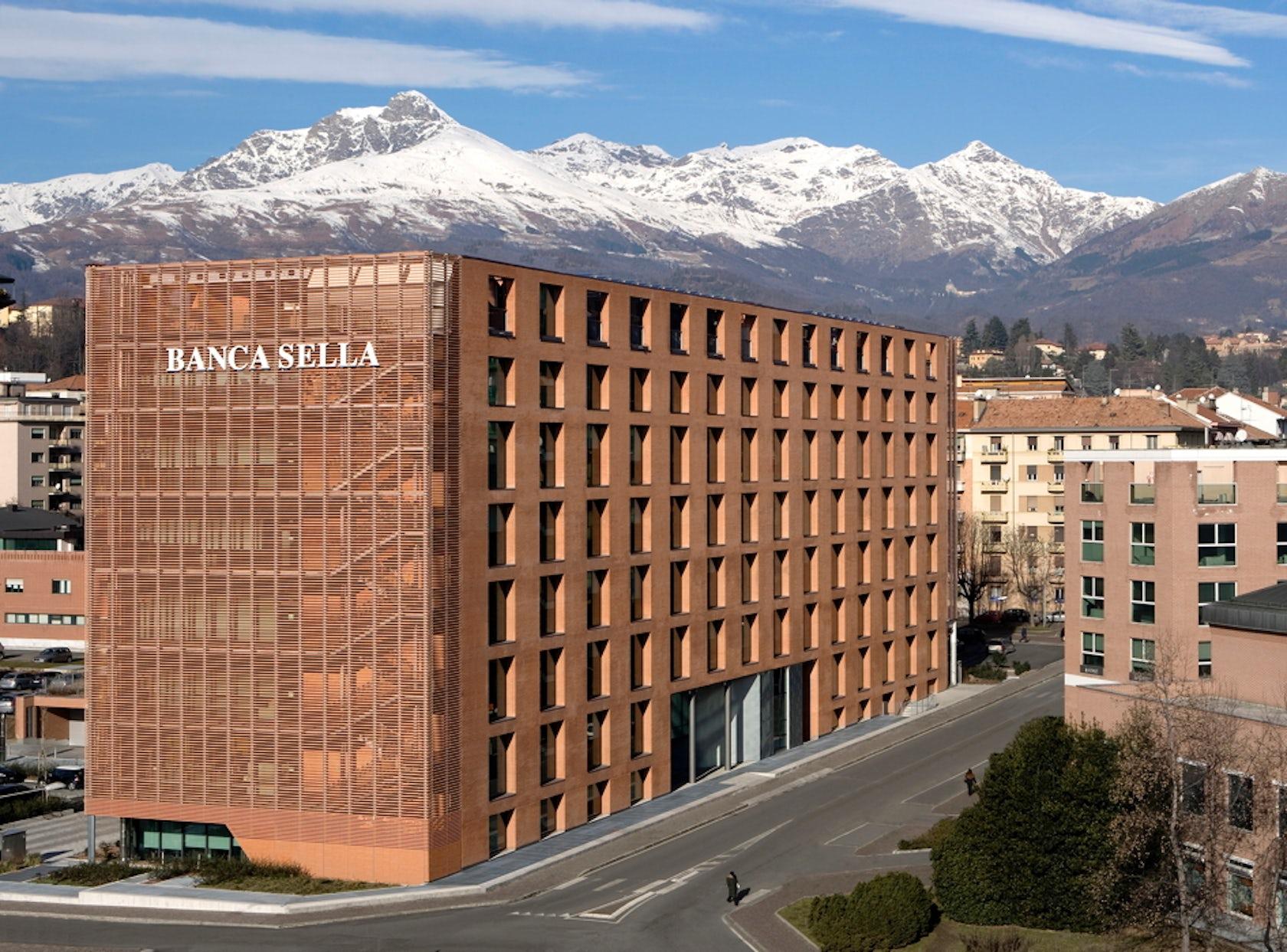 New Banca Sella headoffices - Architizer