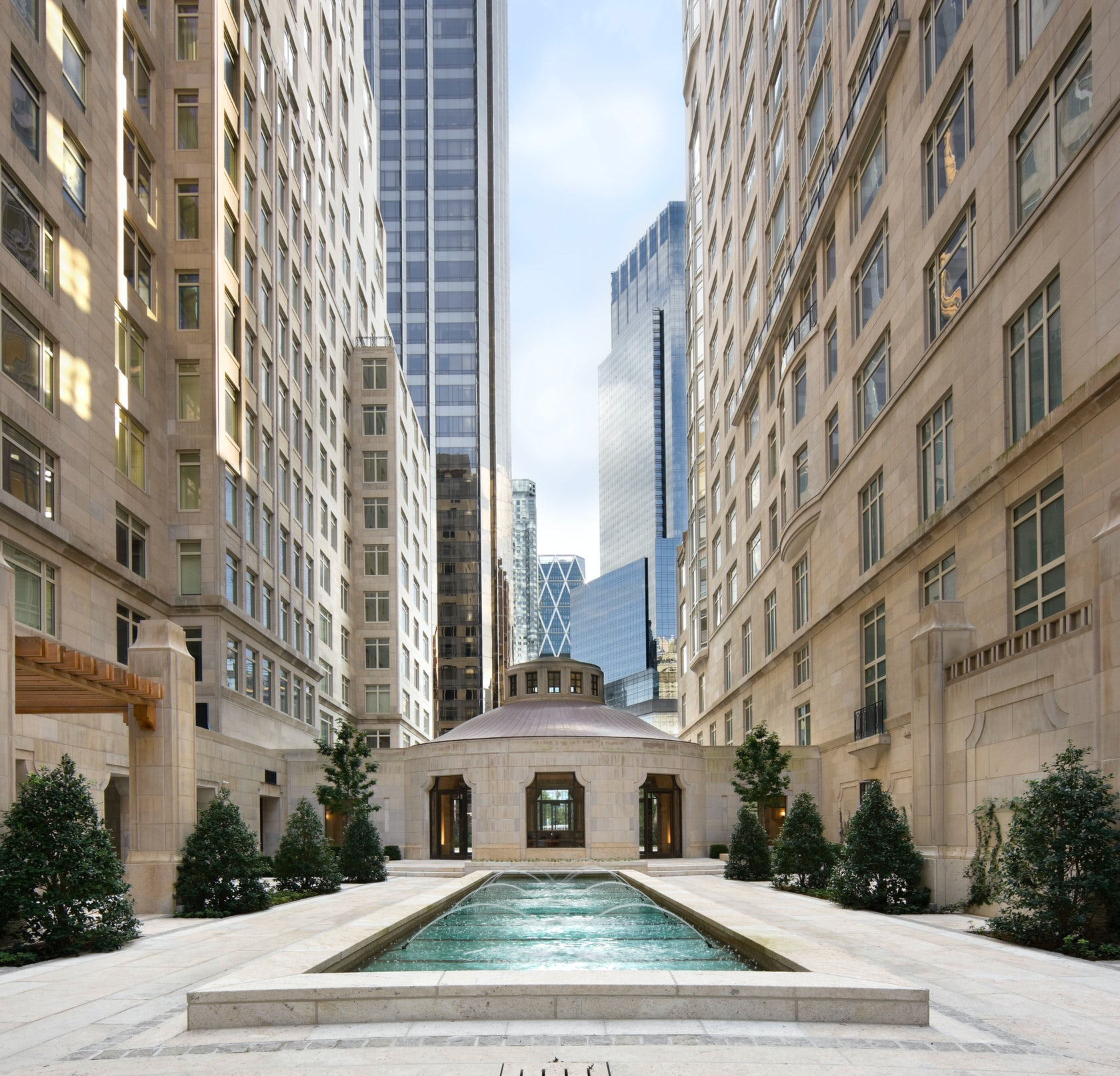 Who Lives At 15 Central Park West: Fifteen Central Park West